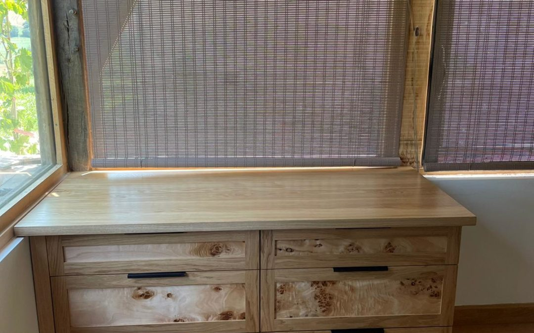 Meuble à tiroirs peuplier et chêne